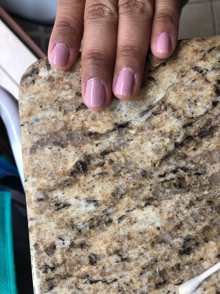 Karen's Nail: 7210 Muncaster Mill Rd, Derwood, MD