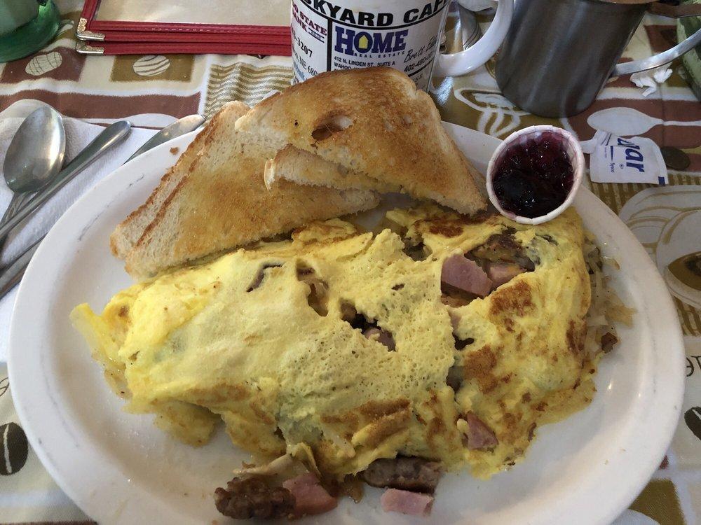 Stockyard Cafe: 636 E 1st St, Wahoo, NE