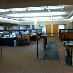 Wells Fargo Bank - Banks & Credit Unions - 7525 Currell Blvd