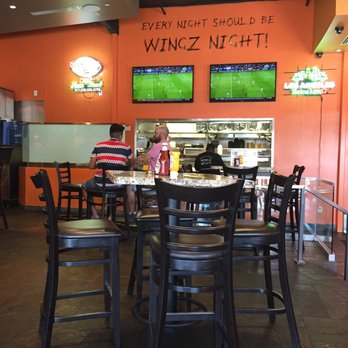 Photo Of Juicy Wingz   Pasadena, CA, United States. A Little Of The