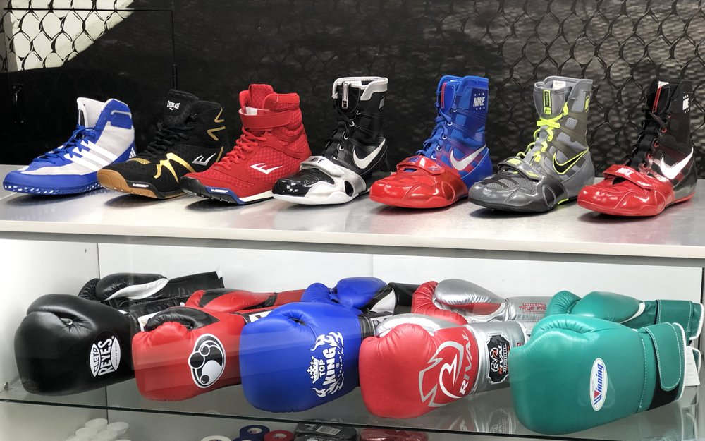 Winning,Rival,Grant, Cleto Reyes Boxing Gloves and Nike, Reebok