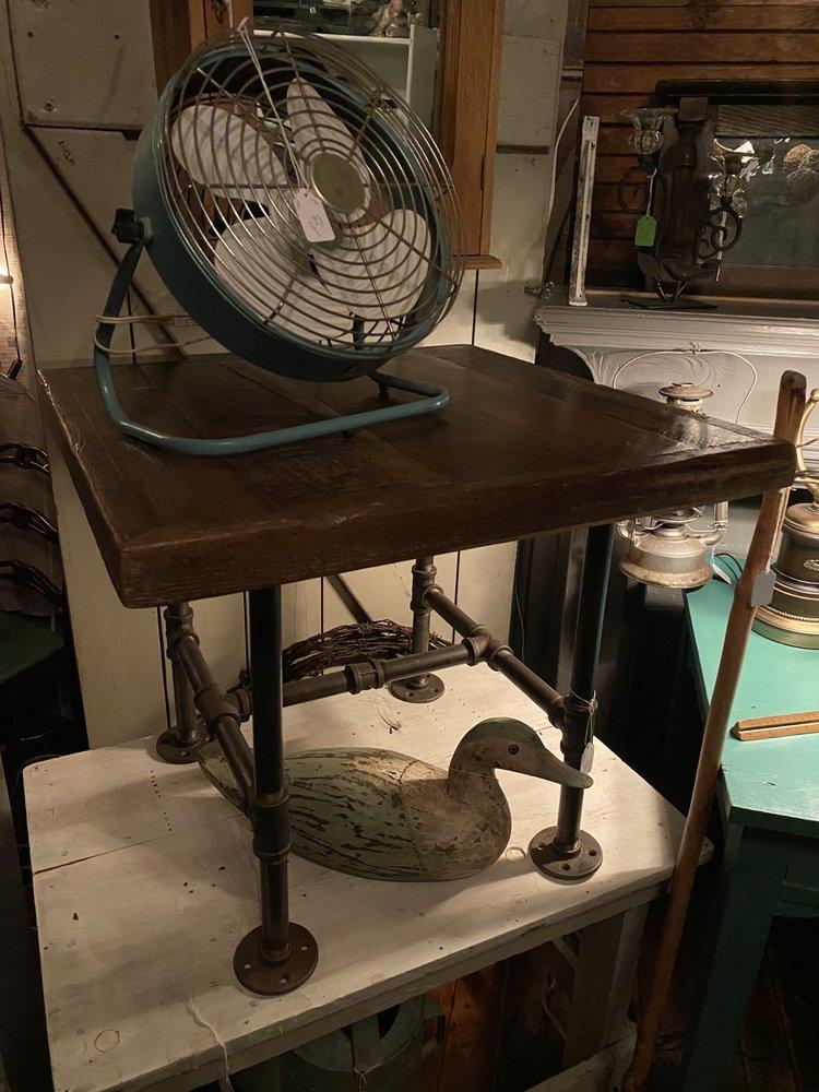 The Vintage Cellar East: 122 Pleasant St, Easthampton, MA