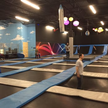 May 20, · First time at cloud 9 here in Chesapeake. It's a business location directly behind all the hotels and greenbrier mall. It's not noticeable and i would have never known this place existed. I actually have been to skyzone and similar spots like it. It was not like I expected.4/4(71).
