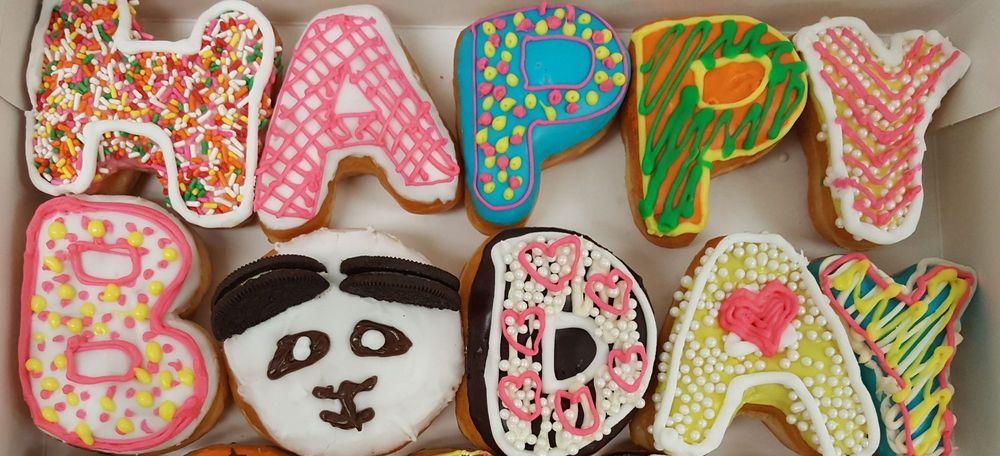 Spring Valley Donuts: 4388 Spring Valley Rd, Dallas, TX