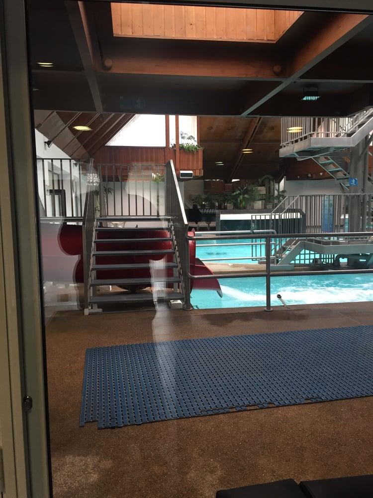 Spa mund mantenimiento de piscinas y jacuzzis cardenal for Piscina mund