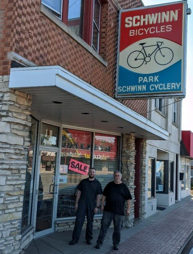 Park Schwinn Cyclery: 3333 W 95th St, Evergreen Park, IL