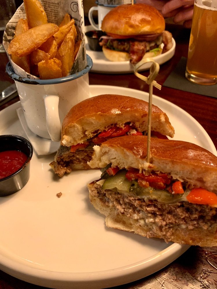 Bull And Wren: 200 Water St, Excelsior, MN