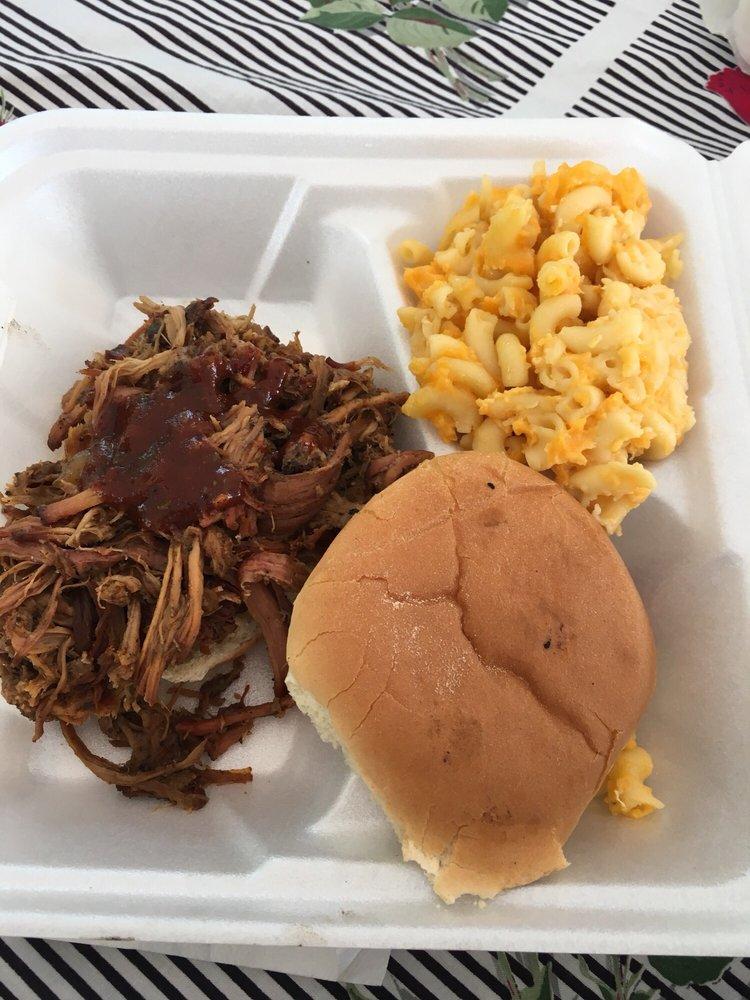 Atomic Hogs BBQ: Effort, PA