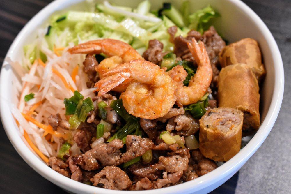 Viet Taste: 2377 N Hicks Rd, Palatine, IL