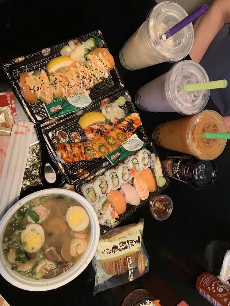 Sushi Hut: 616 E Boronda Rd, Salinas, CA