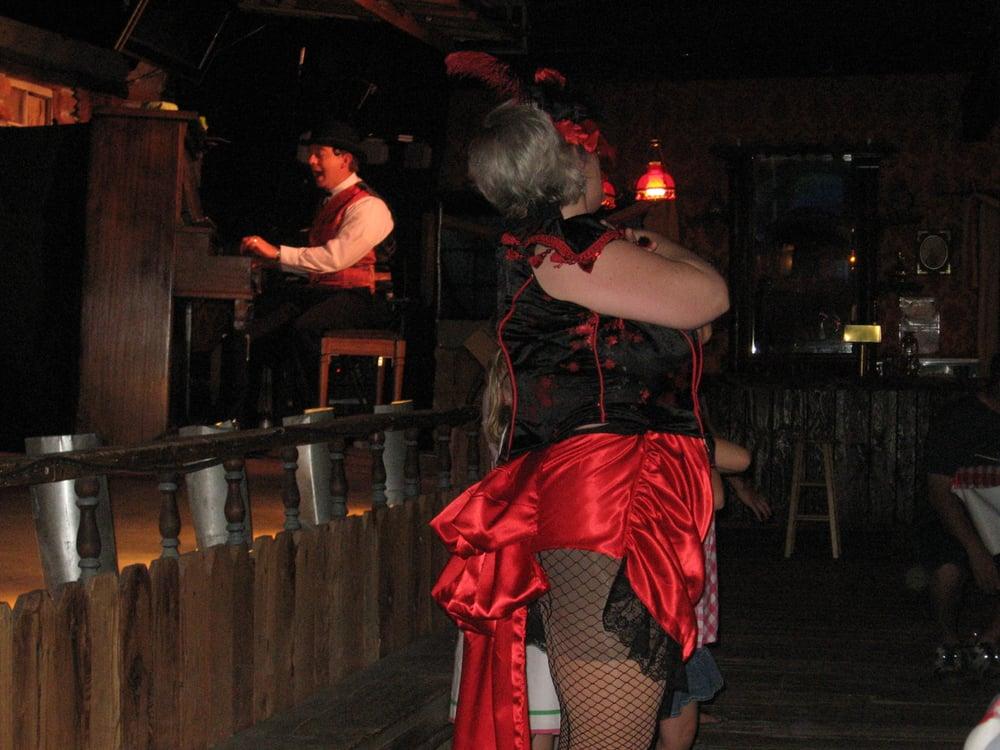 Bonnie's Old West Musical Revue: 16395 Bonnie Springs Rd, Blue Diamond, NV