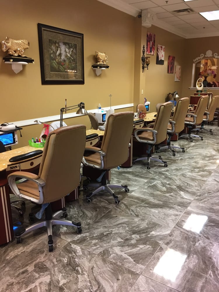 Nails Pro: 372 Diederich Blvd, Ashland, KY