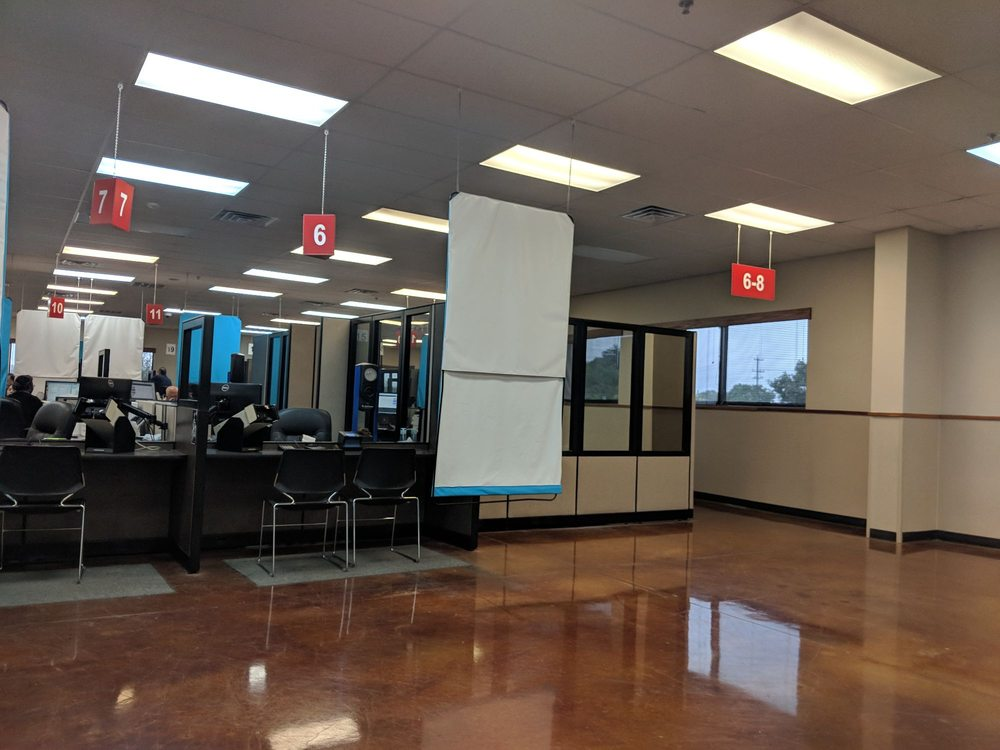 Texas Department Of Public Safety Driver License Center: 7410 Huebner Rd, Leon Valley, TX