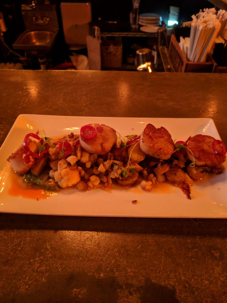 F&D Kitchen and Bar: 1541 International Pkwy, Lake Mary, FL