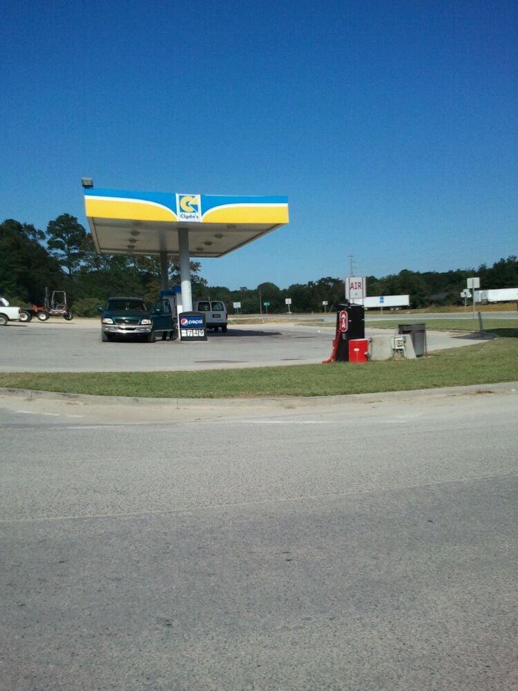 Clyde's Market #80: 11223 Ga Highway 23, Glennville, GA