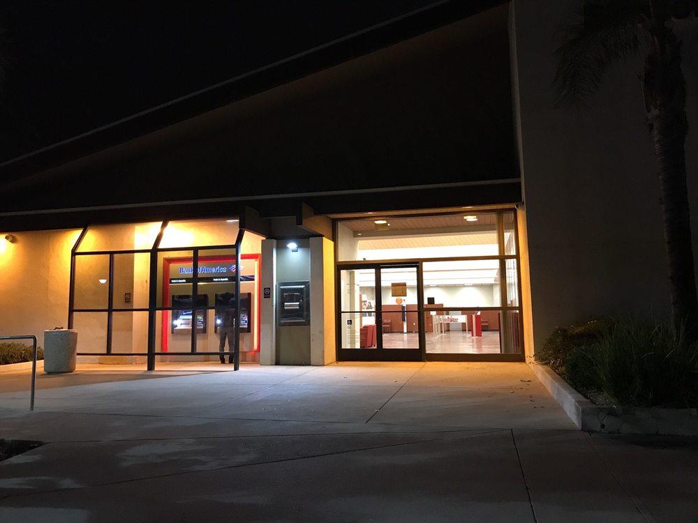 Bank of America: 2345 Borchard Rd, Newbury Park, CA
