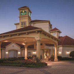 Photo Of La Quinta Inn Suites Atlanta Ballpark Galleria Ga