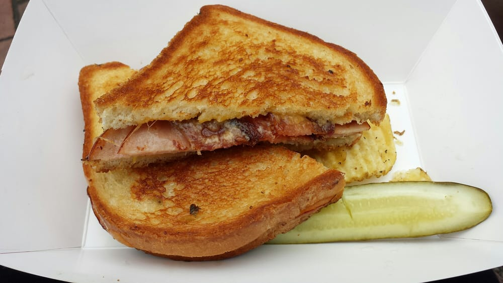 The Grilled Cheese Grill: 1027 NE Alberta St, Portland, OR