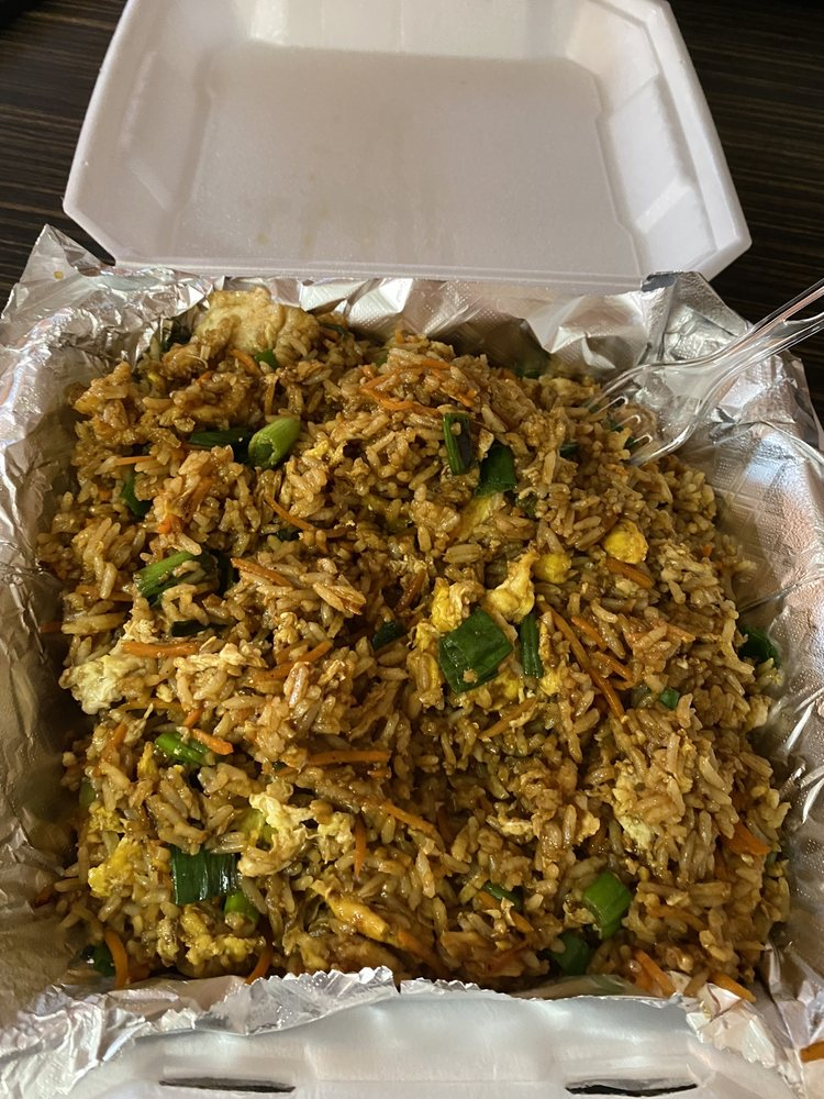 Leo's Asian Bistro: 2808 S Main St, Lindale, TX