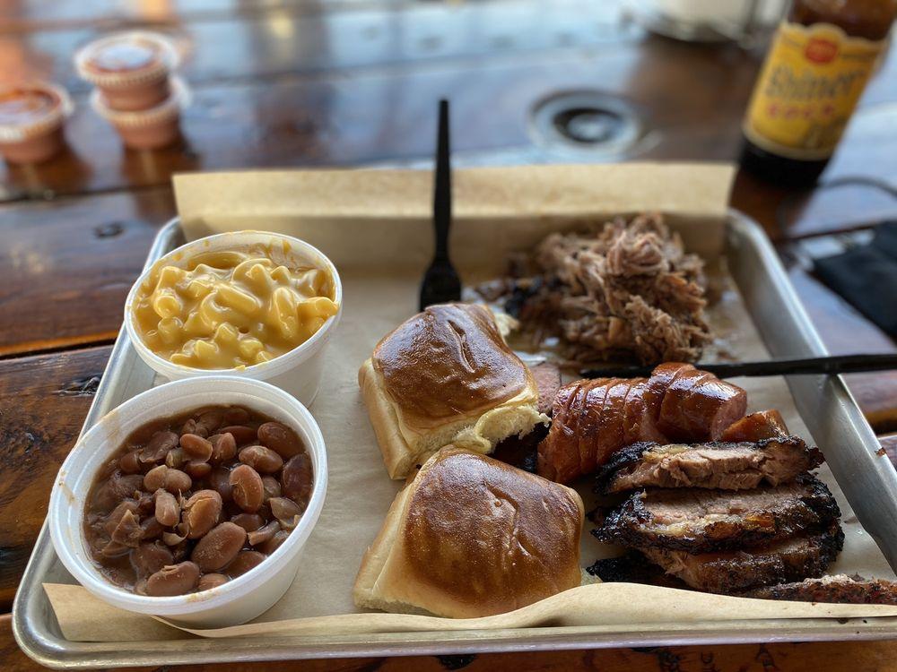 Gordo's BBQ & Grill: 501 W Main St, Grand Prairie, TX