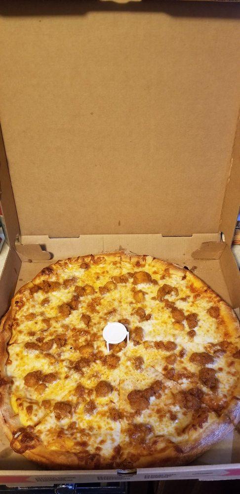 Charlie's Pizza: 56 Kellogg Rd, New Hartford, NY