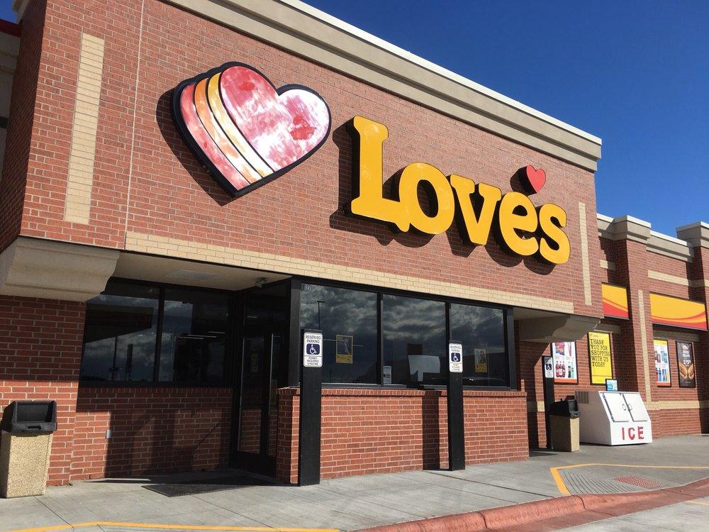 Love's Travel Stop: 1270 N State Hwy 47, Hardin, MT