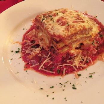 Photo Of Naples Italian Restaurant Knoxville Tn United States Traditional Lasagna