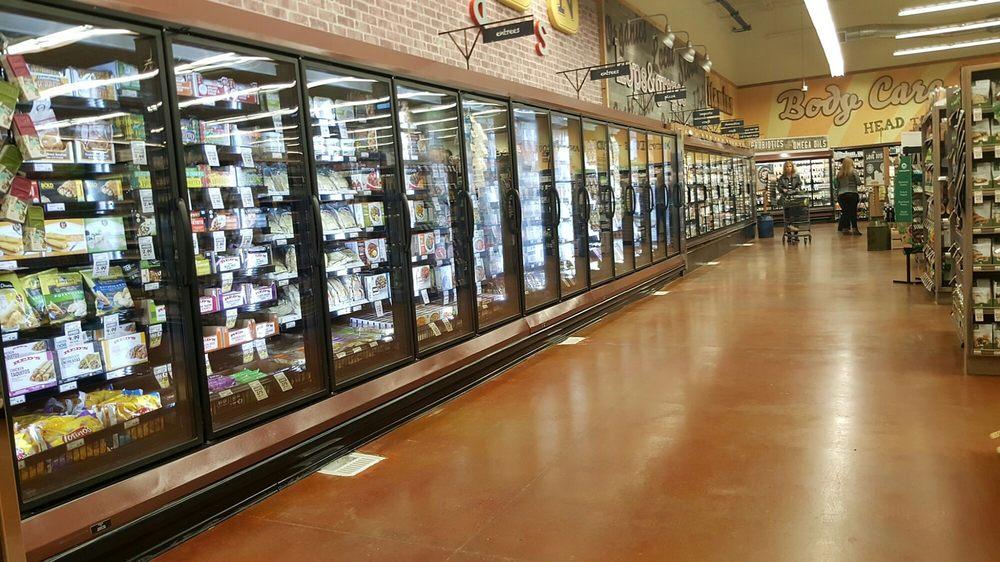 Fresh Thyme Farmers Market: 17550 Gold Plz, Omaha, NE