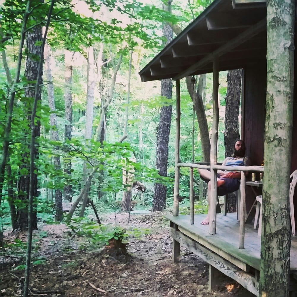 Thunder Ridge Cabins: 11309 Starner Rd, Rockbridge, OH