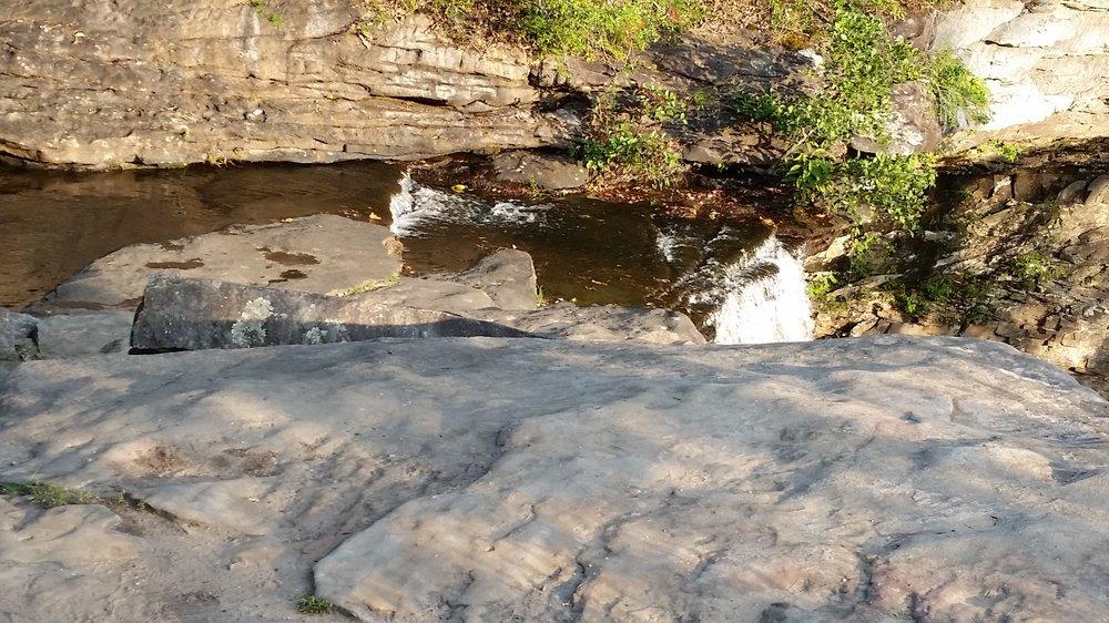 Ozone Falls: 14859 Hwy 1, Rockwood, TN