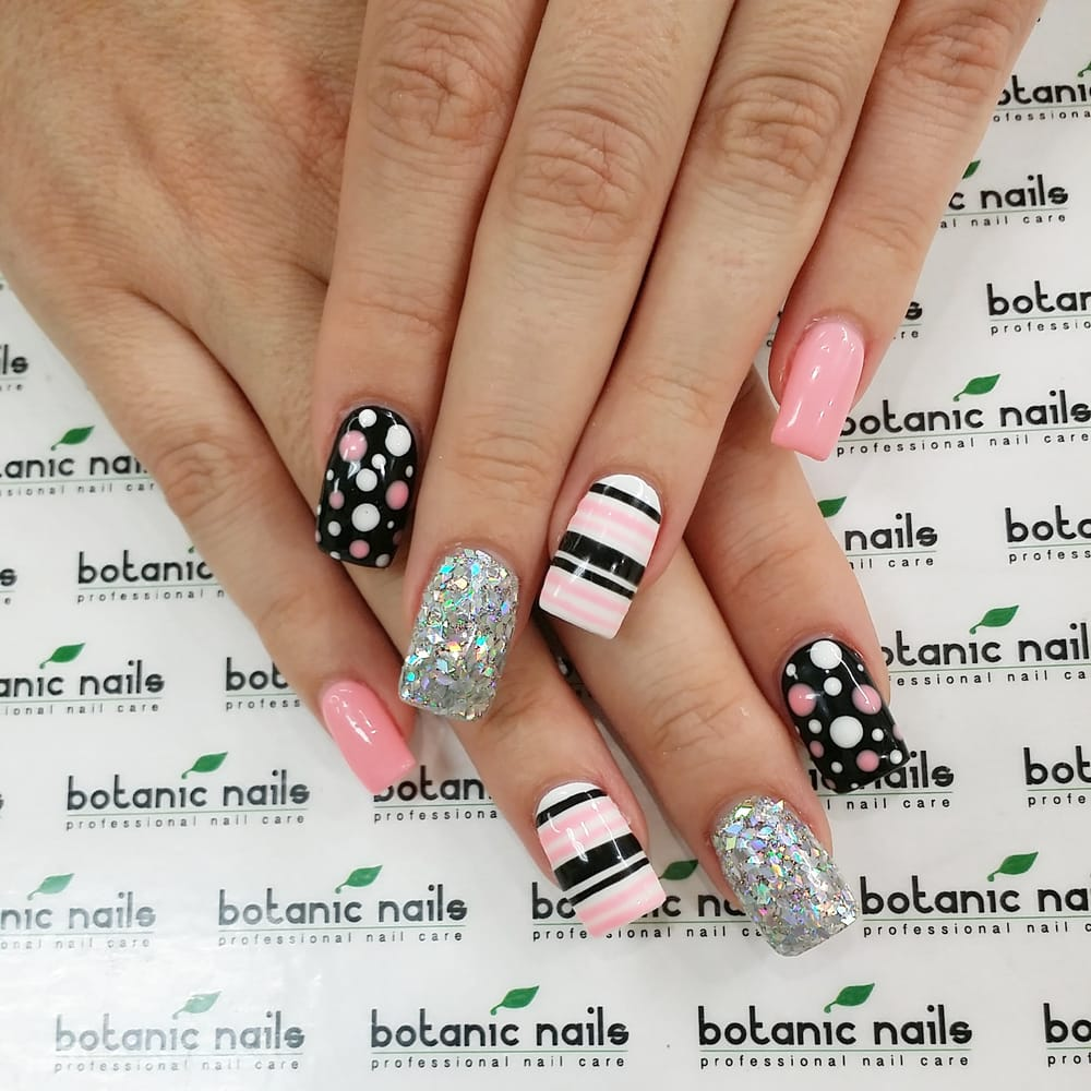 Photos For Botanic Nails