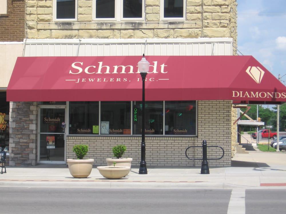 Schmidt Jewelers, Inc.: 226 S Summit St, Arkansas City, KS