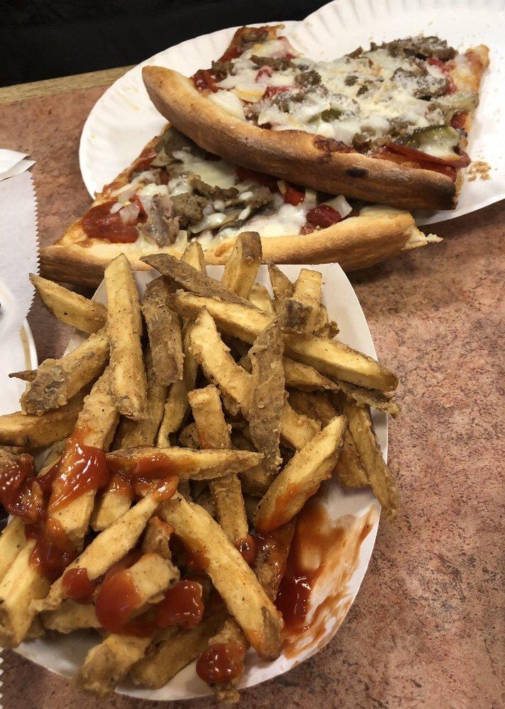 Mannino's Pizza: 230 E Cumberland St, Lebanon, PA
