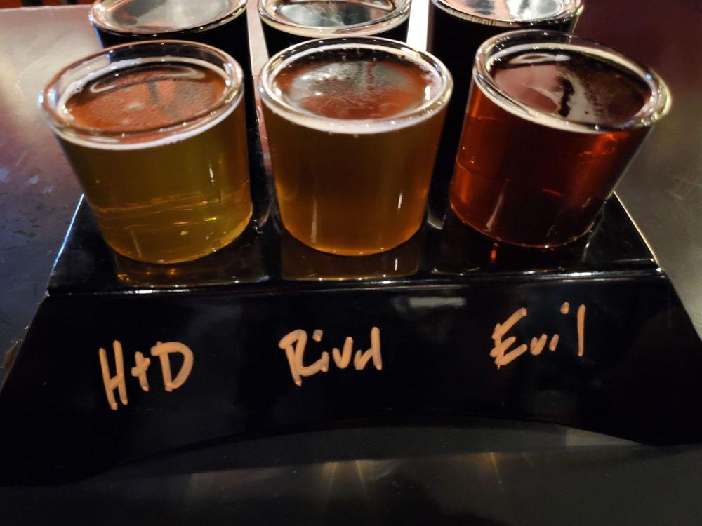 Black Bridge Brewery: 421 E Beale St, Kingman, AZ