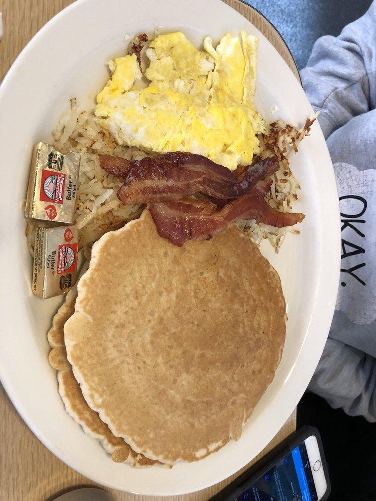 Yak's Center Street Cafe: 333 N Grayson Pkwy, Blanding, UT