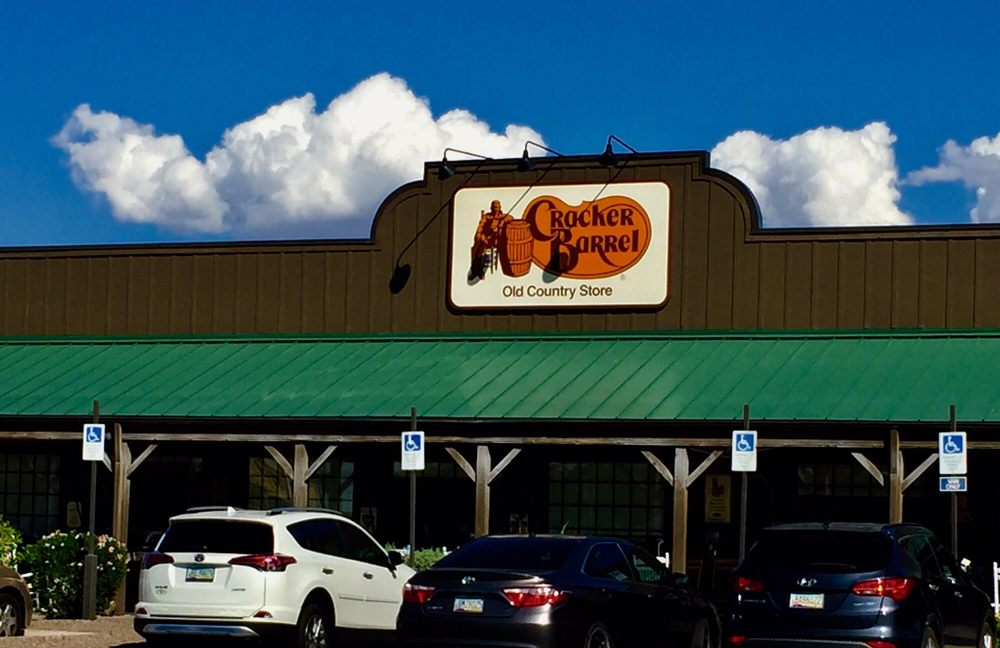 Cracker barrel old country store 225 photos 179 for Fish stores in arizona
