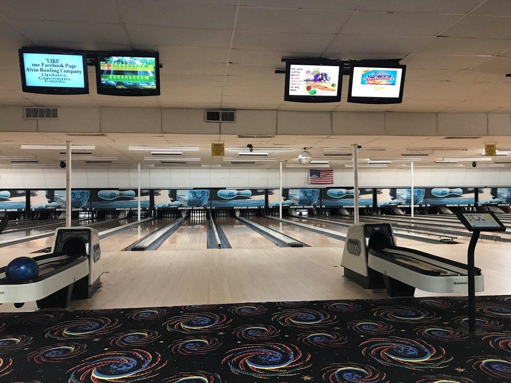 Alvin Bowling Company: 300 Motel Dr, Alvin, TX
