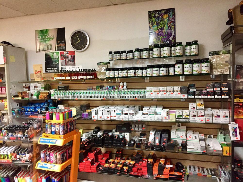 Sergeys Smoke & Nautical Gift Shop: 170 Flanders Rd, Niantic, CT
