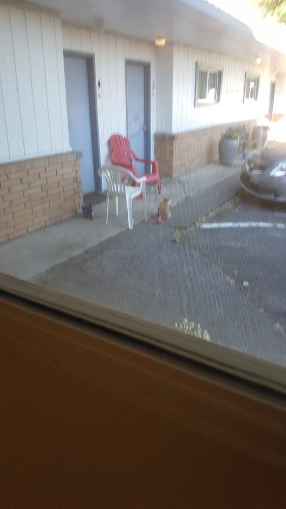 Sprague Motel & Rv Park: 312 E 1st St, Sprague, WA
