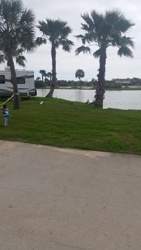 Galveston Bay Rv Resort Rv Parks 10000 San Leon Dr