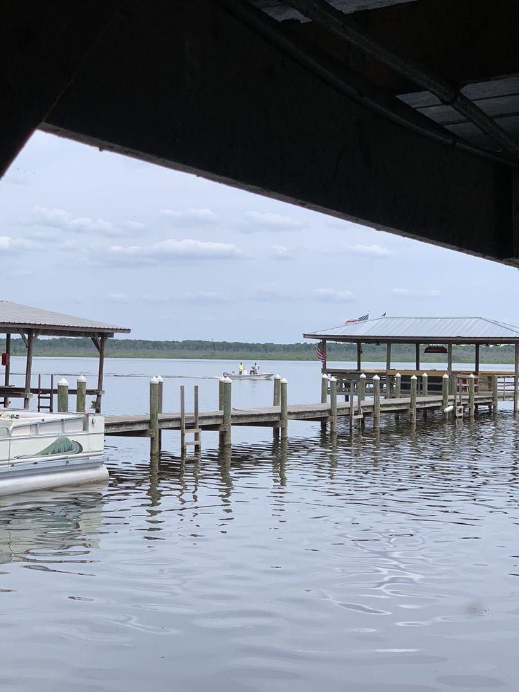Big Bass Grill: 965 County Rd, Lake Panasoffkee, FL