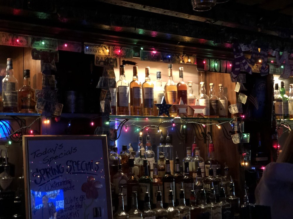 Bald Eagle Pub: 140 Main St, Baton Rouge, LA