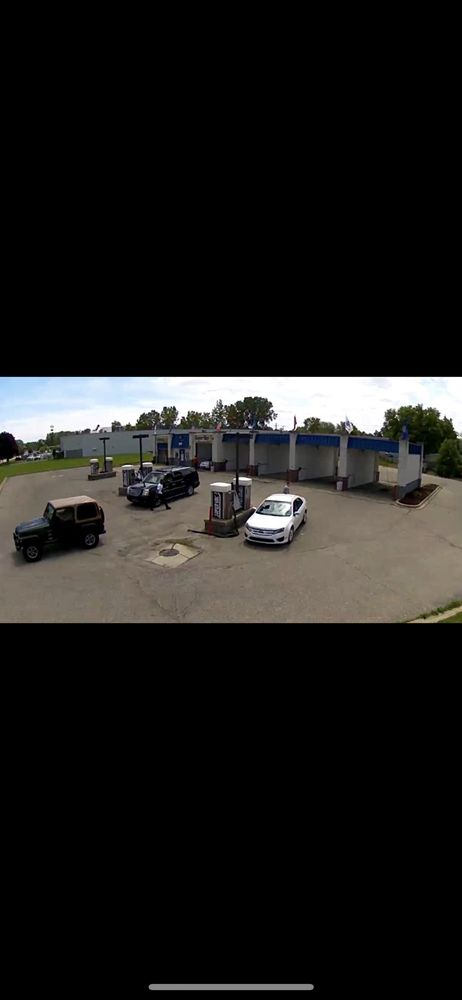 Wash & Shine, Self Serve And Touchless Automatic: 260 N River Rd, Mount Clemens, MI