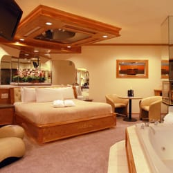 Photo Of Sybaris Pool Suites Mequon Wi United States