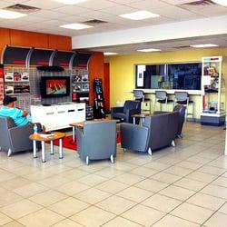 Captivating Photo Of Pye Nissan   Dalton, GA, United States. Customer Waiting Area.