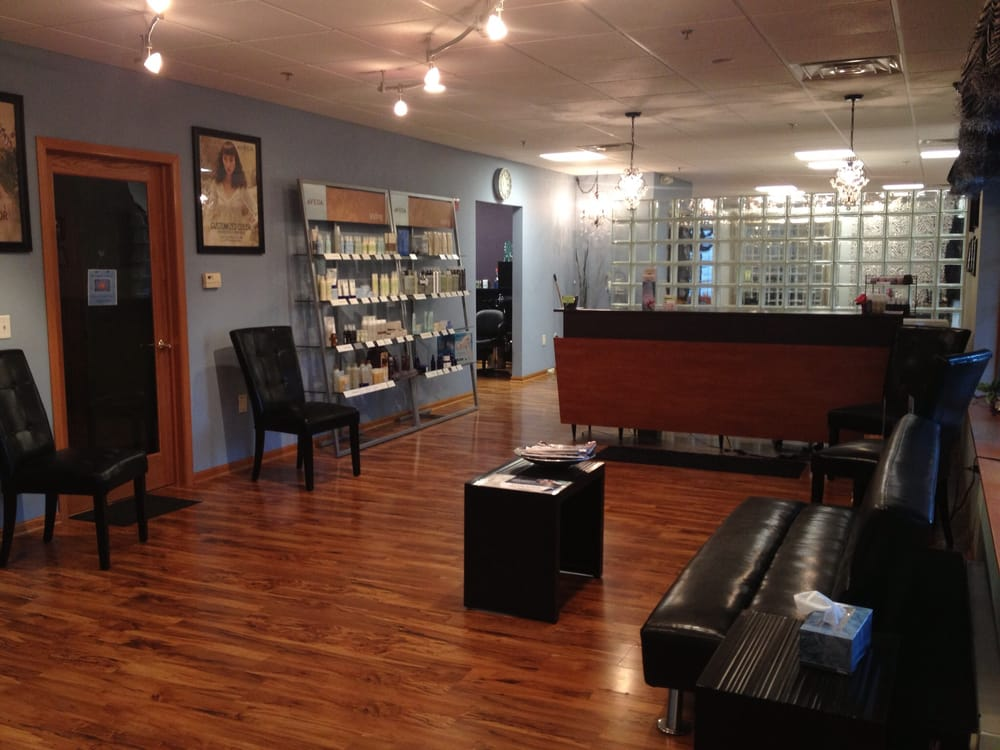 Artistic Salon and Spa: 5920 Exchange St, McFarland, WI