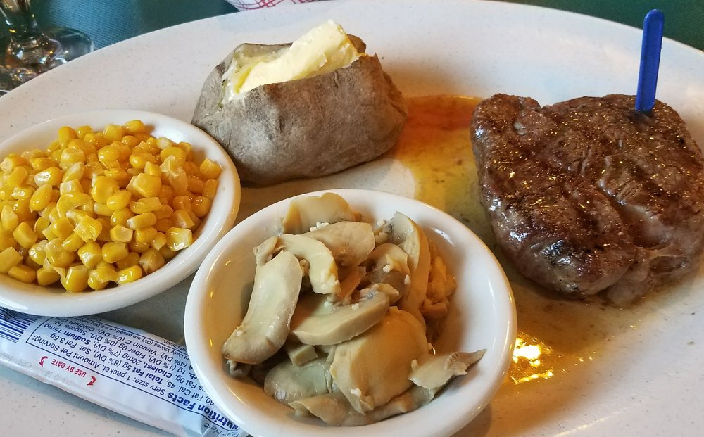Norbys Steak & Seafood: 2425 State Rd 60 E, Lake Wales, FL