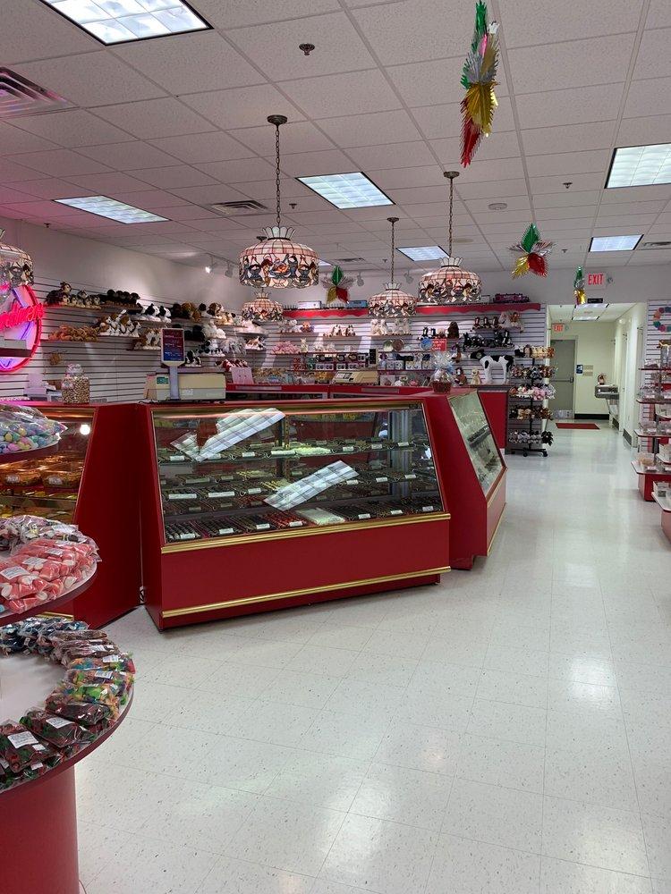 Gardners Candies: 206B Falon Ln, Altoona, PA