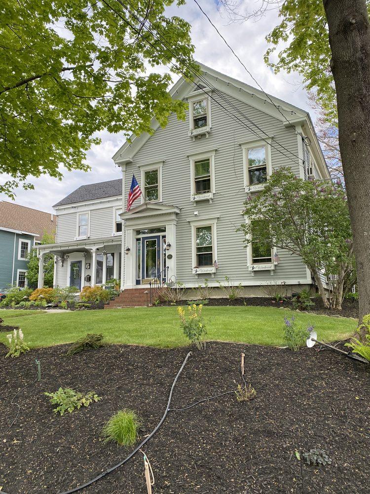 Camden Windward House: 6 High St, Camden, ME