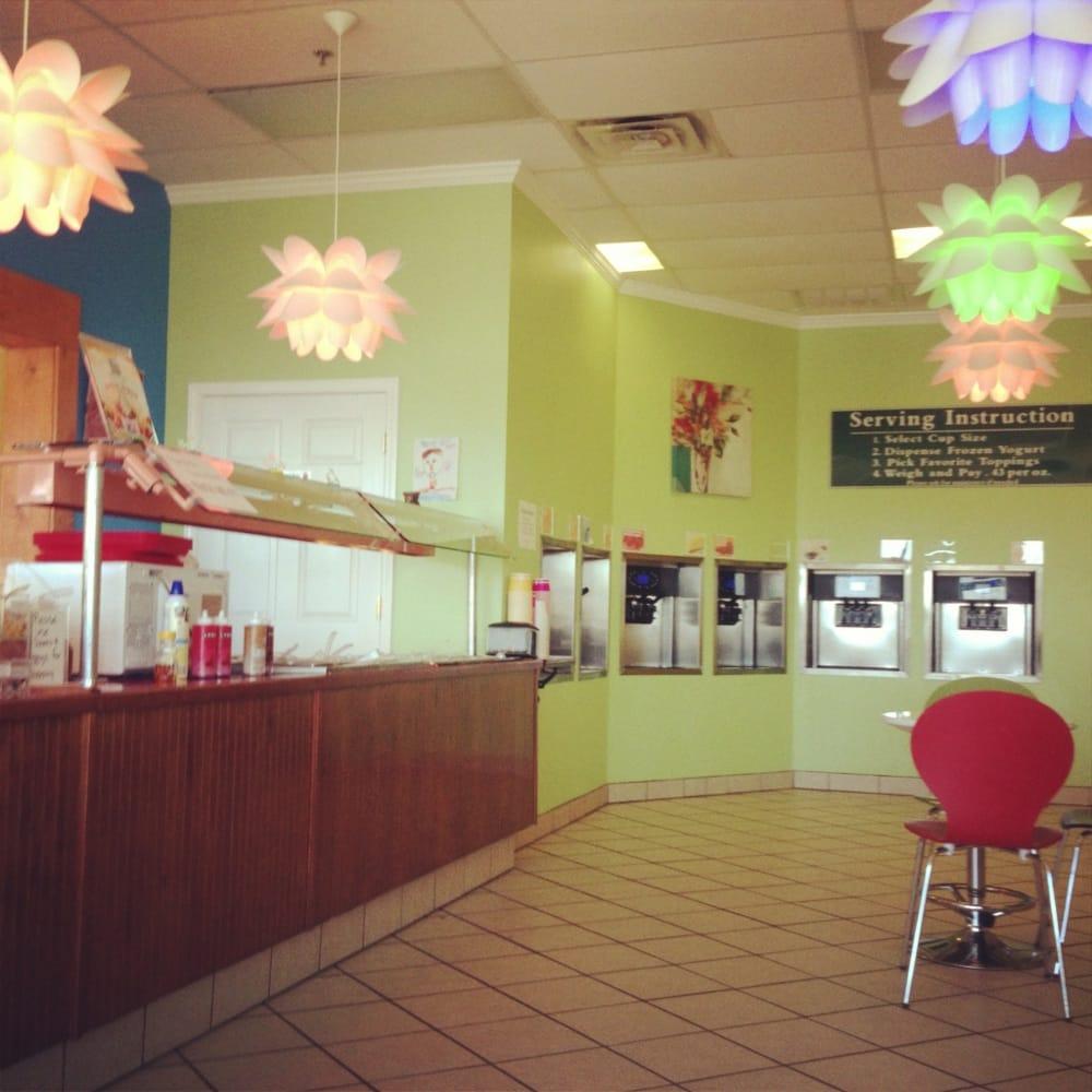 Yogurt Delite: 1130 US Hwy 51 Bypass W, Dyersburg, TN